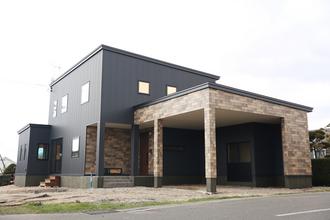 ビルトインガレージと全館空調のある家