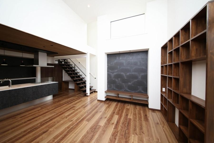 造作棚と内装材で素材の組み合わせを楽しむ