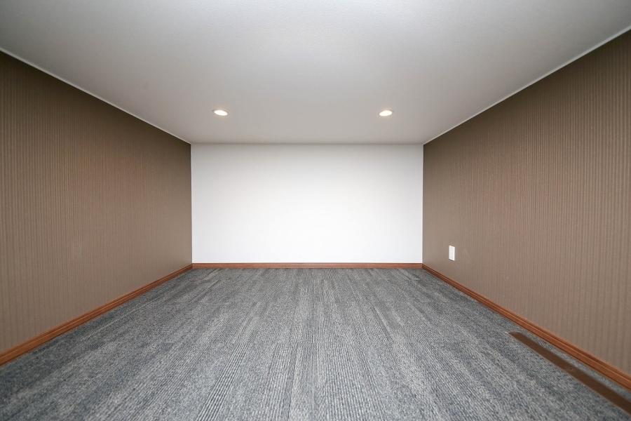 隠し部屋的な遊び心がたまらないシアタールーム