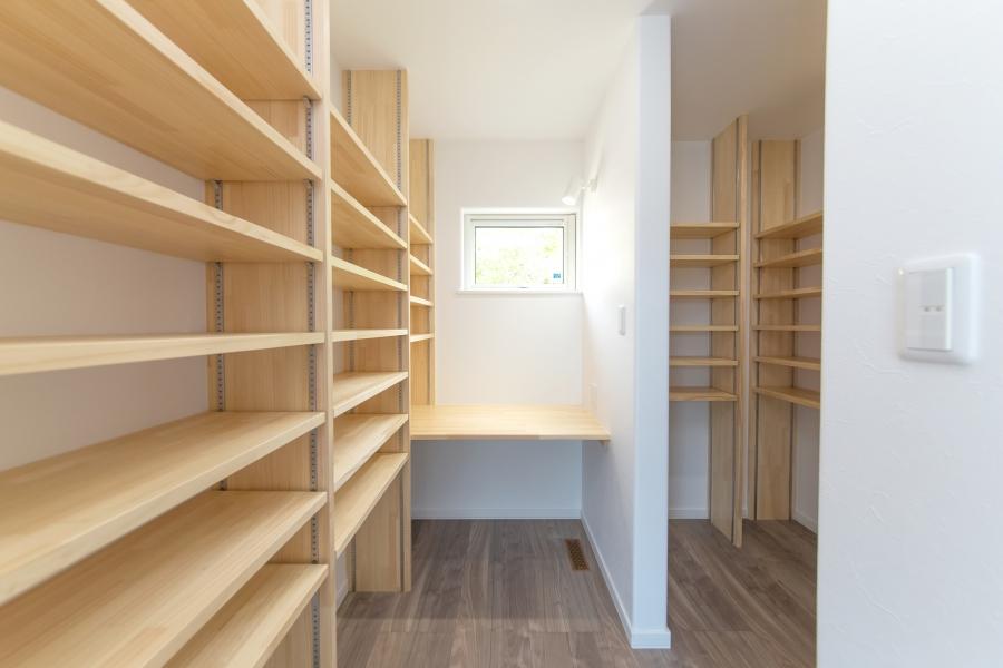 書庫・書斎スペース